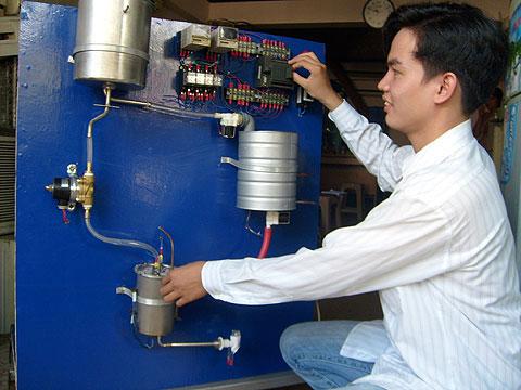 Làm nước nóng bằng điều hòa nhiệt độ