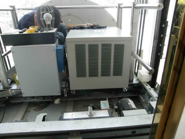 Lắp đặt điều hòa nhiệt độ cho thang máy